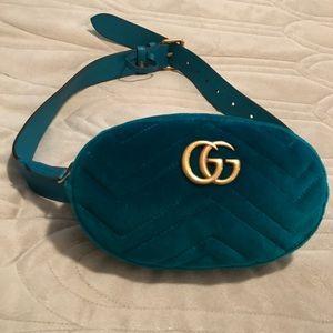 Gucci belt bag size small